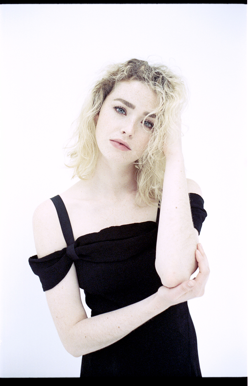 Freya Mavor for MONROWE Magazine. Photo by Benjamin Tietge.