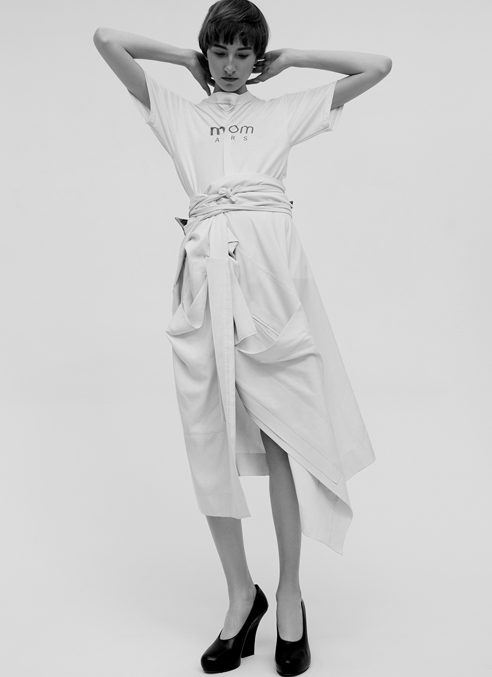 Black and white photography by Ricardo Beas of model Mary Tish for MONROWE Magazine