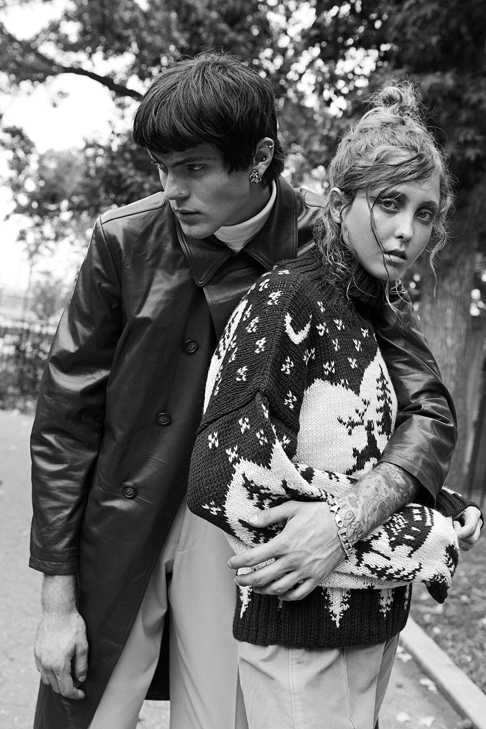 Black and White photo of Fanny and Alex by Helen Eriksson for MONROWE Magazine