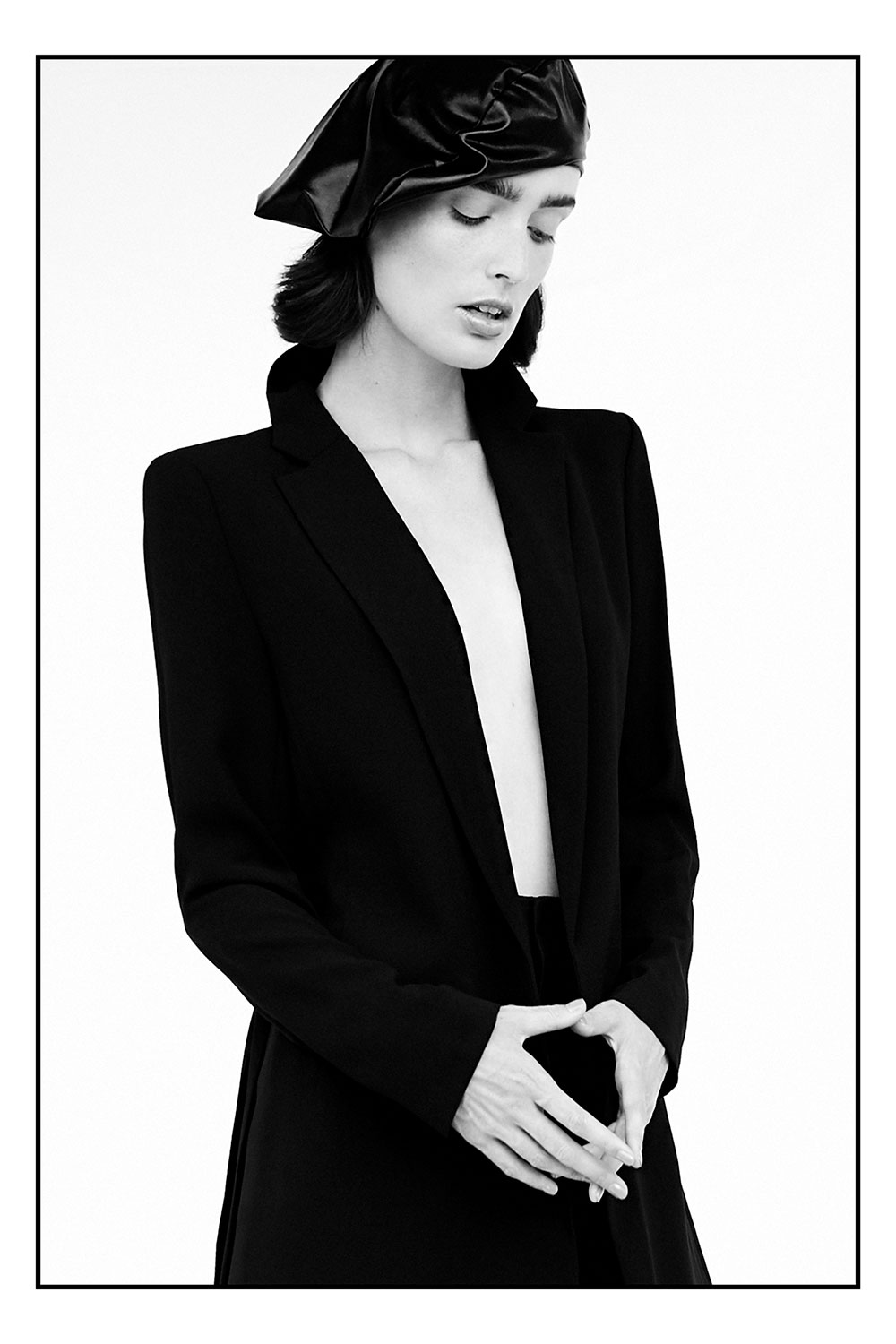 Photo of model Marizanne Visser by Maddy Grace O for MONROWE Magazine