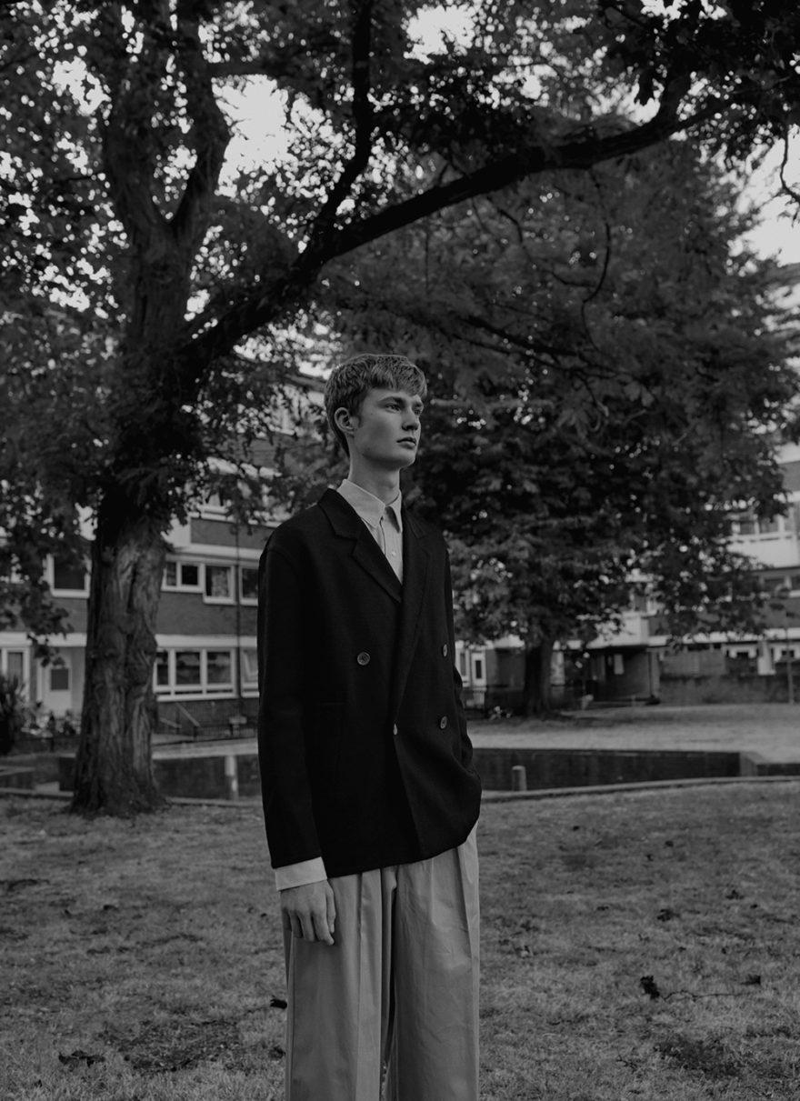 Black and white photo by photographer Trisha Ward for MONROWE Magazine